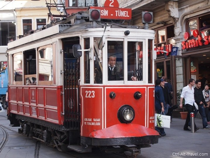 Istikal and Tunel : Old Time Trams