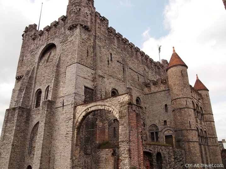 Castle Gravensteen : A Castle as I Wanted It to Be