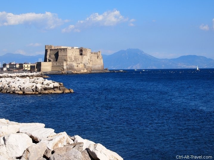 Castle Hunting in Naples